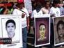 Манифестанты заблокировали автобус с туристами из России в Мексике
