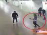 Студентка Александра Лоткова стреляет в метро