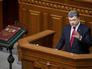 Президент Украины Петр Порошенко выступает на первом заседании новоизбранной Верховной Рады Украины