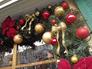 Новогодние украшения в Климентовском переулке