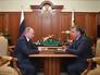 Президент России Владимир Путин и губернатор Тверской области Андрей Шевелев во время встречи