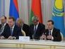 Председатель правительства РФ Дмитрий Медведев на первом заседании Евразийского межправительственного совета