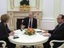 Президент России Владимир Путин, федеральный канцлер Германии Ангела Меркель и президент Франции Франсуа Олланд во время встречи в Кремле