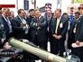 Пётр Порошенко на выставке военной техники в Объединенных Арабских Эмиратах