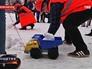 """Активисты """"Молодой гвардии"""" во время уборки снега"""