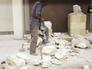 """Сторонники группировки """"Исламское государство"""" разрушают старинные статуи"""