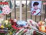 Цветы и игрушки на месте ДТП в Константиновке