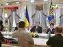 Виктор Янукович проводит встречу с лидерами оппозиции