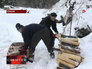 Сотрудники МЧС Хакасии помогли Агафье Лыковой заготавливить дрова на зиму