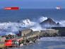Огромные волны у берегов Испании