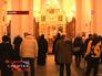 Верующие молятся в соборе Воскресения Христова в Южно-Сахалинске