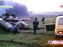 Жители Донецкой области останавливают танк