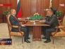 Президент России Владимир Путин на встрече с губернатором Рязанской области Олегом Ковалевым