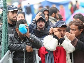"Обложка. Анонс. ""Беженцы: двойные стандарты"""