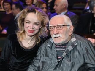 """Хроники московского быта. Анонс. """"Молодая жена"""""""