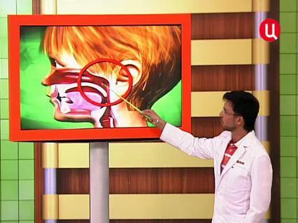 """""""Врачи"""". Ток-шоу. Эфир от 25.11.2011 (00:12:06)"""