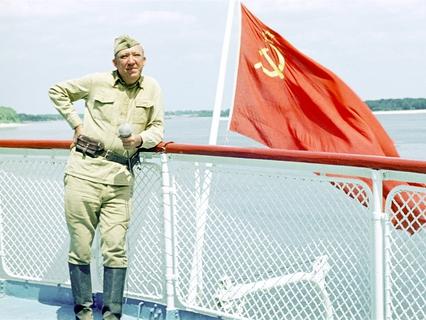 """Известные люди на фронте и в тылу в годы Великой Отечественной войны. """"Юрий Никулин. Я никуда не уйду..."""""""