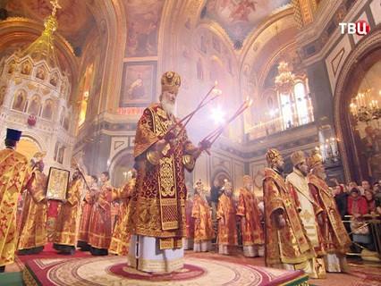 Великая Пасхальная Вечерня. Трансляция из Храма Христа Спасителя