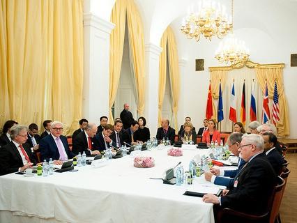 """Министры """"шестёрки"""" и Ирана на переговорах по ядерной программе Тегерана"""
