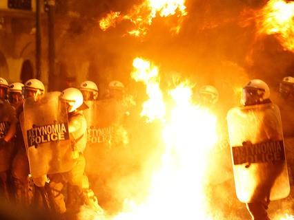 Столкновения с полицией в Афинах