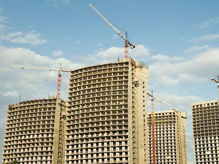 Строительство новых зданий в Москве