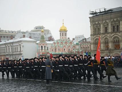 Торжественный марш, посвящённый 73-й годовщине Парада на Красной Площади 7 ноября 1941 года