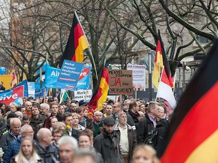 Акция против миграционной политики правительства в Берлине