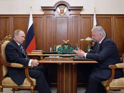 Владимир Путин провёл рабочую встречу с председателем Федерации независимых профсоюзов Михаилом Шмаковым