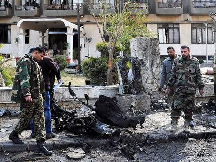 Последствия мощного взрыва в Дамаске