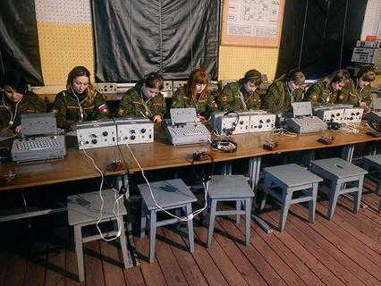 Служащие женского отряда РВСН