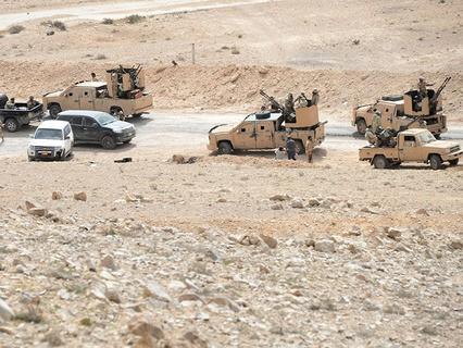 Бойцы отряда народного ополчения в районе сирийского города Пальмира