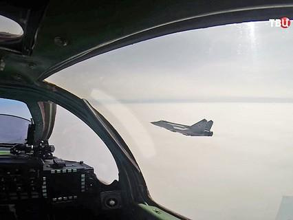Полет истребителей МиГ-29