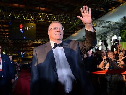 Лидер ЛДПР Владимир Жириновский на праздновании своего 70-летия