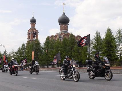 Участники мотопробега в честь открытия мотосезона в Москве