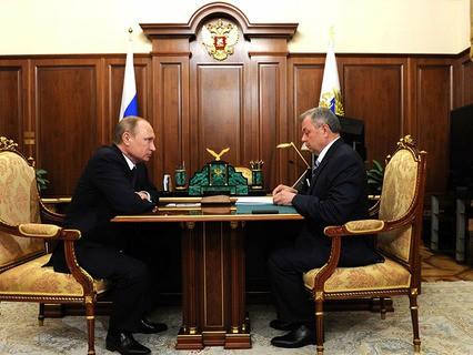 Владимир Путин встретился с губернатором Калужской области Анатолием Артамоновым