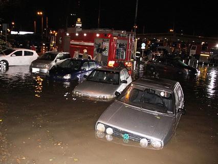 В Ростове-на-Дону введён режим чрезвычайной ситуации из-за обрушившегося на город проливного ливня