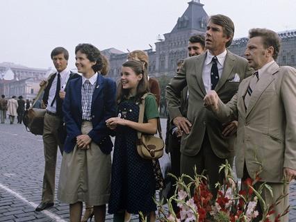 Американская девочка Саманта Смит с родителями на Красной площади