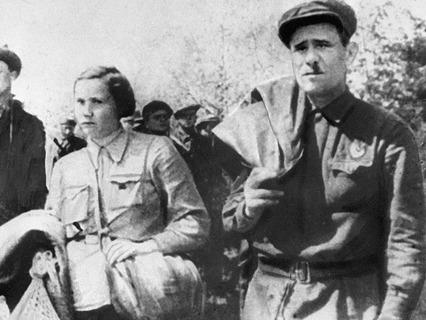 Организатор и командир первых партизанских отрядов Минай Шмырёв