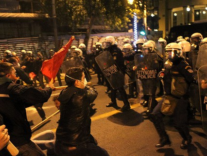 Жители Афин встретили Барака Обаму массовыми акциями протеста и беспорядками