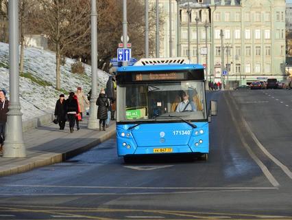 "Автобус М1 ""Больница МПС – Улица Кравченко"""