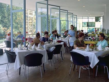 В ресторане. 80-е годы, Черноморское побережье