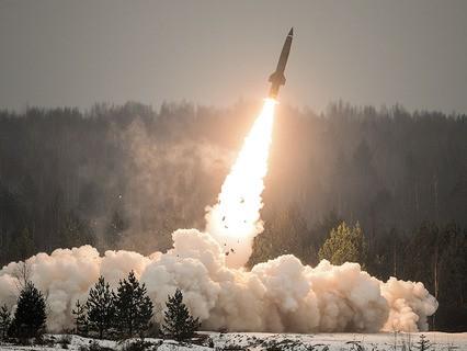 """Показательный пуск ракеты из тактического комплекса """"Точка-У"""""""