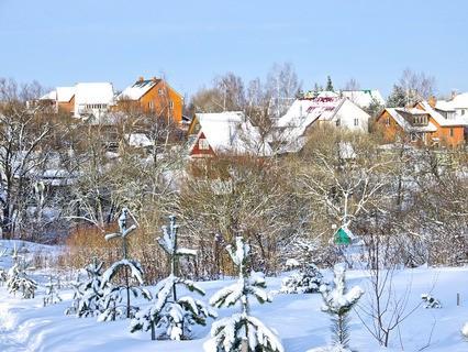 Дачный посёлок зимой