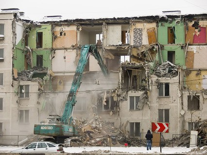 Снос пятиэтажки в Москве