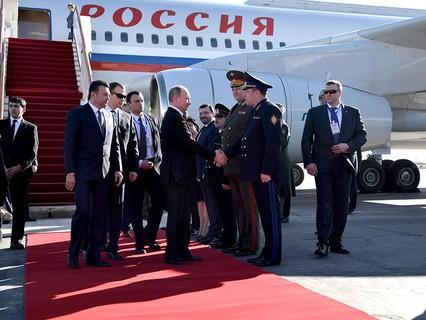 Владимир Путин прибыл с рабочей поездкой в Среднюю Азию