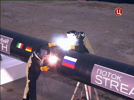 В центре событий с Анной Прохоровой Эфир от 09.12.2012