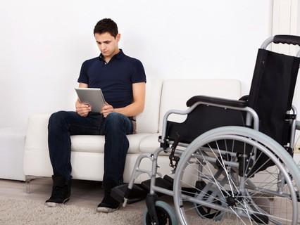 """Фактор жизни. Анонс. """"Дистанционное обучение людей с инвалидностью"""""""