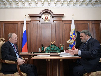 Владимир Путин и руководитель Федеральной антимонопольной службы Игорь Артемьев