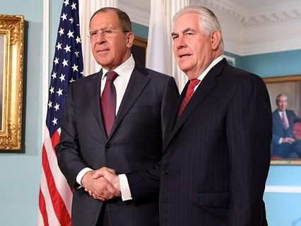 Министр иностранных дел РФ Сергей Лавров и госсекретарь США Рекс Тиллеросон