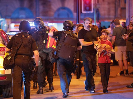 После теракта в Манчестере